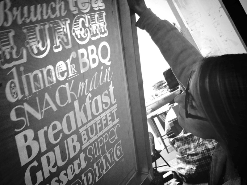 ontarget-plv-serigrafia-blog-diseño-victoriaeggs-ejemplo