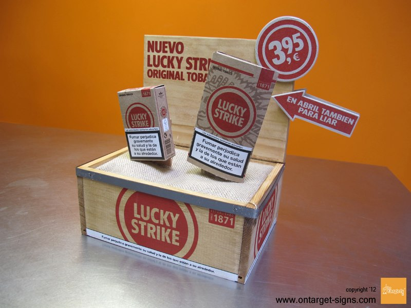 ontarget-blog-plv-madera-ejemplo-luckystrike-display